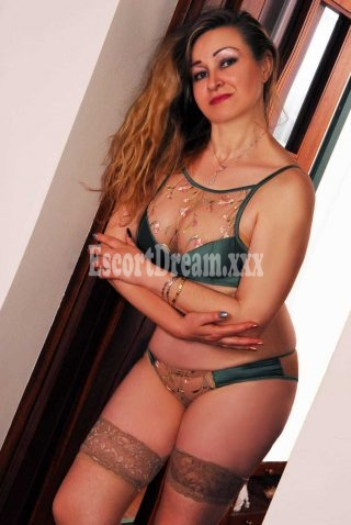 Victoria, 41 years old Russian escort in Roma